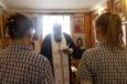 Две осужденные женщины приняли крещение в братском СИЗО-2